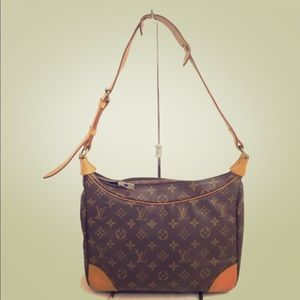 💯Auth ❤️ Louis Vuitton Boulogne 30 Shoulder bag